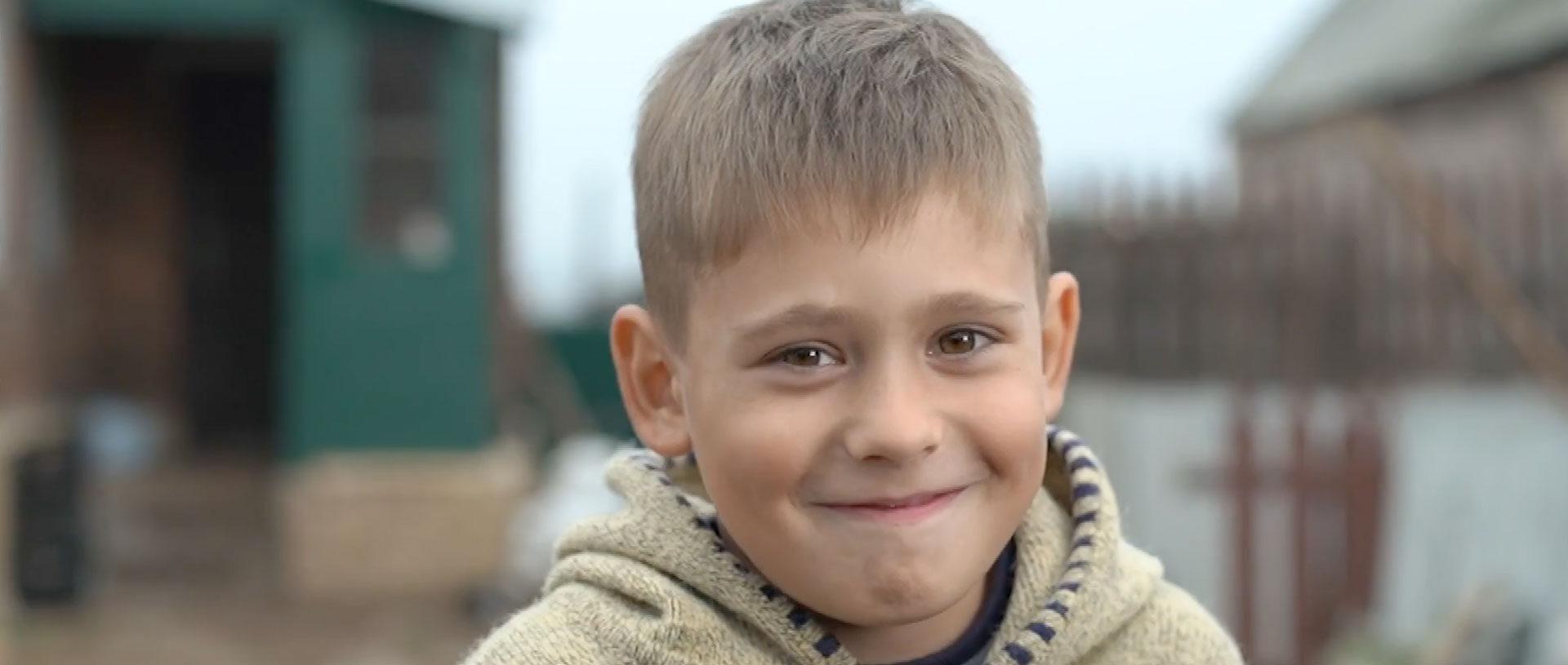 Kolya overcomes hunger in Ukraine banner